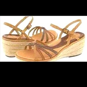 Clarks artisan collection twirl sandals size 8